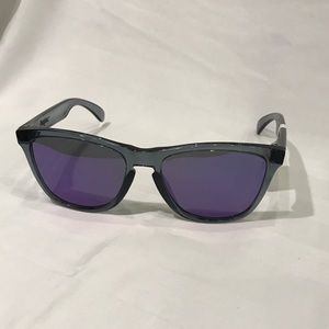 Oakley Accessories - Oakley Frogskins
